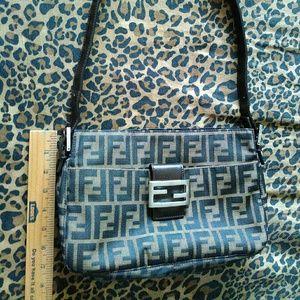 Authentic Fendi bag outside pocket magnetic flap